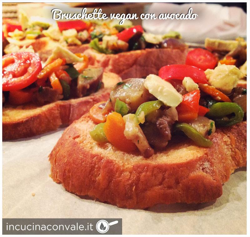 Bruschette vegan con avocado